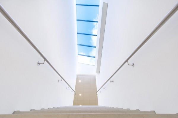 goed-licht-in-trappengat-lichtinval-goedlicht-R-Hak4t-afbeelding