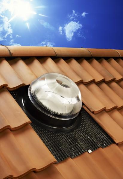 Solatube Ø25cm Set voor hellend dak koepel acrylaat excl. plafondplaat
