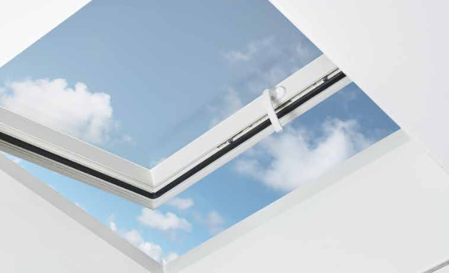 Goedlicht-lichtkoepel-met-opstand-inclusief-raamgreep